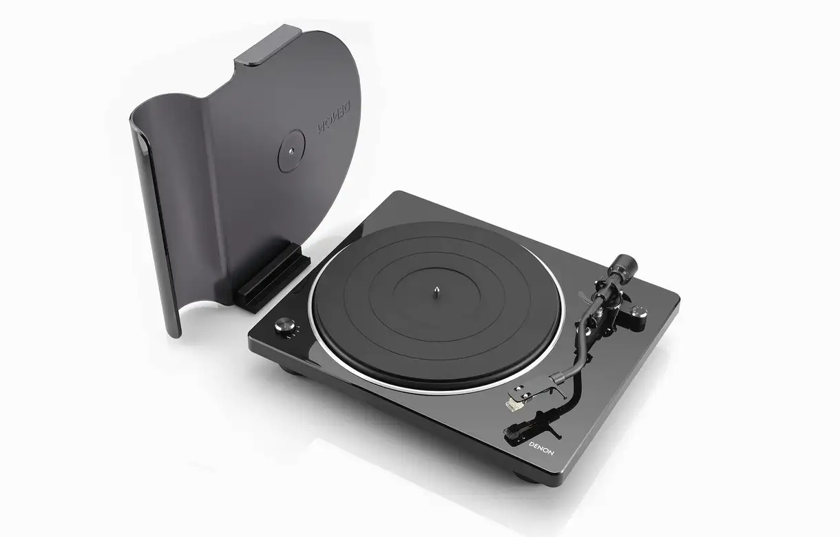 Denon - DP-400 - Turntable with speed auto sensor and integrated phono equaliser
