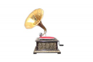 Vintage Replica 4 Corner Wooden Working Gramophone Covered With Brass Sheet - Model. GRM5 - (Free - 1 Pcs : 78 RPM Record & 100 Pcs Needles Box)