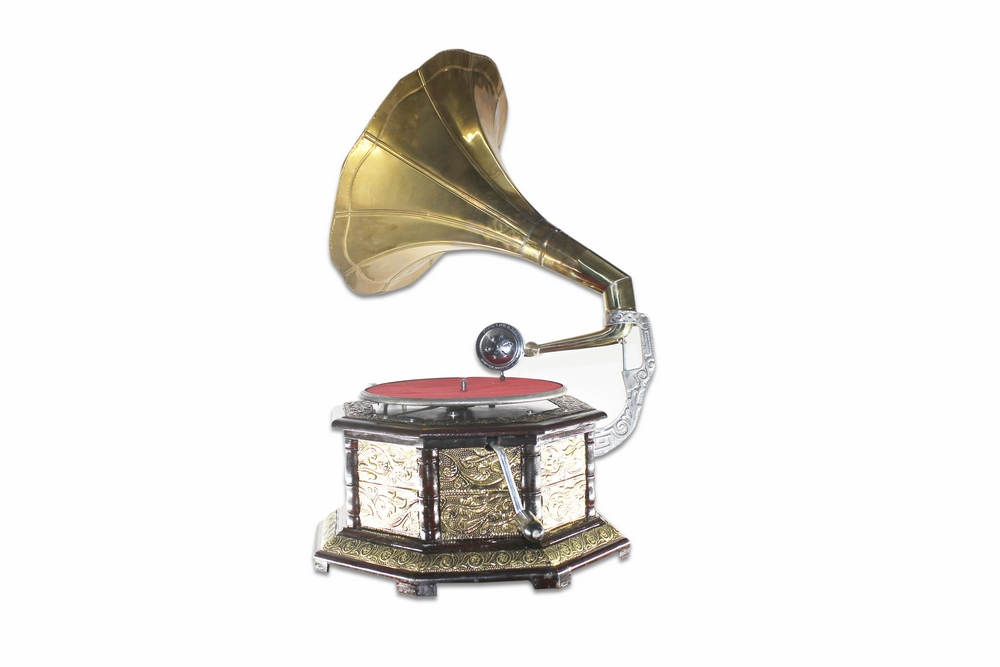 Vintage Replica 8 Corner Wooden Working Gramophone Covered With Brass Sheet Design - Model. GRM4 - (Free - 1 Pcs : 78 RPM Record & 100 Pcs Needles Box)